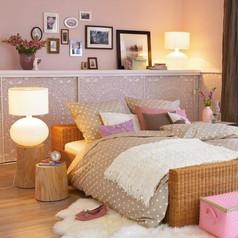样板间-床头置物架点缀你的卧室