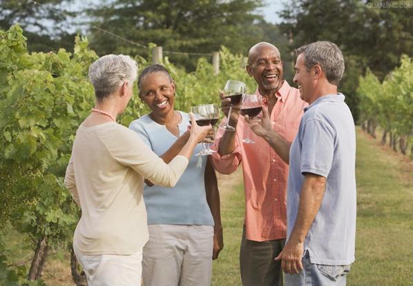 男人女人喝起来!葡萄酒的好处知多少