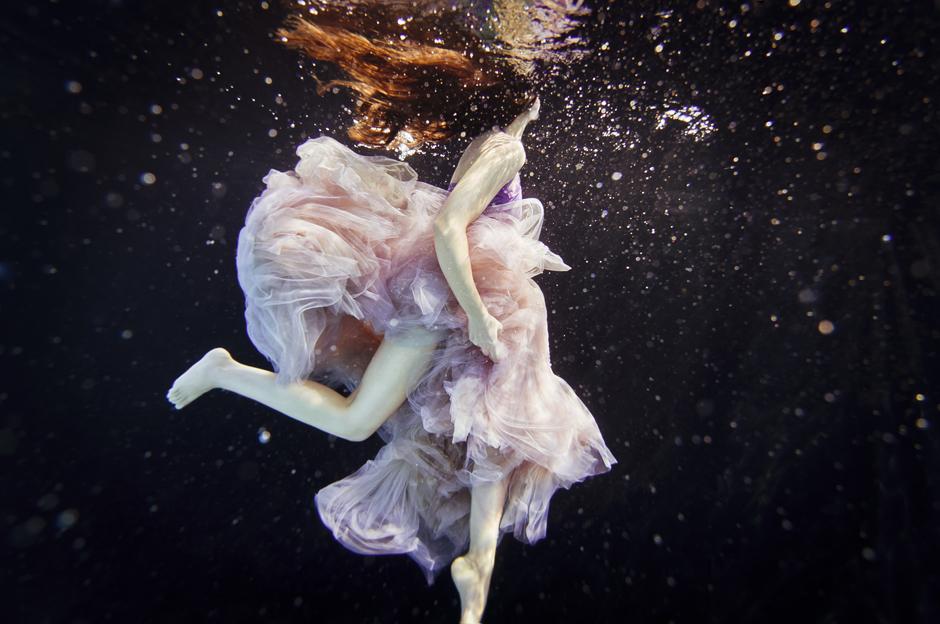 超唯美水下美女高清摄影作品时尚大片