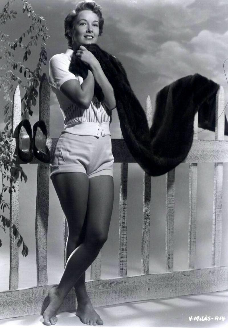 坞50年代美女明星维拉