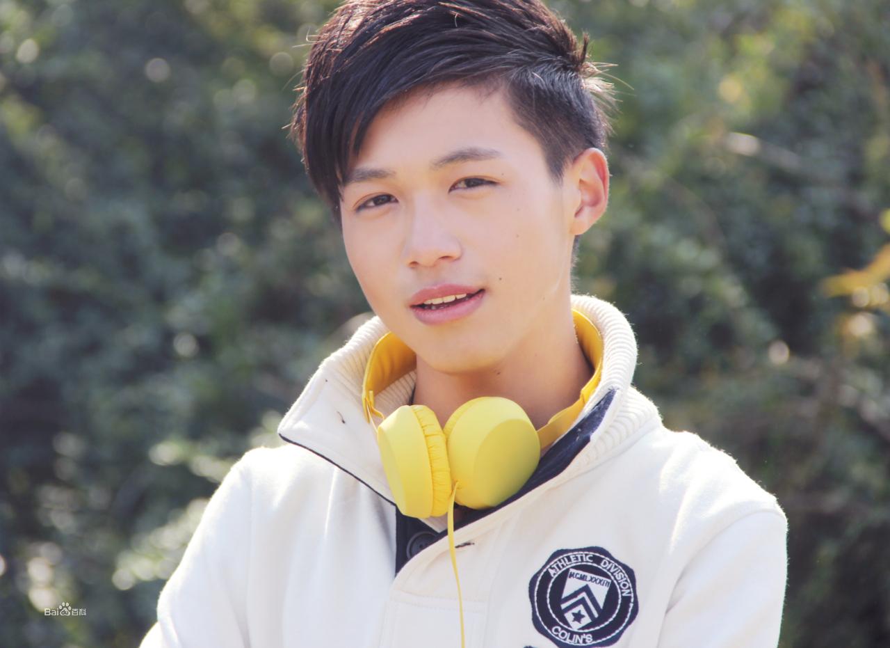 大家觉得中国大陆的男童星(注意是童星),谁比较帅图片
