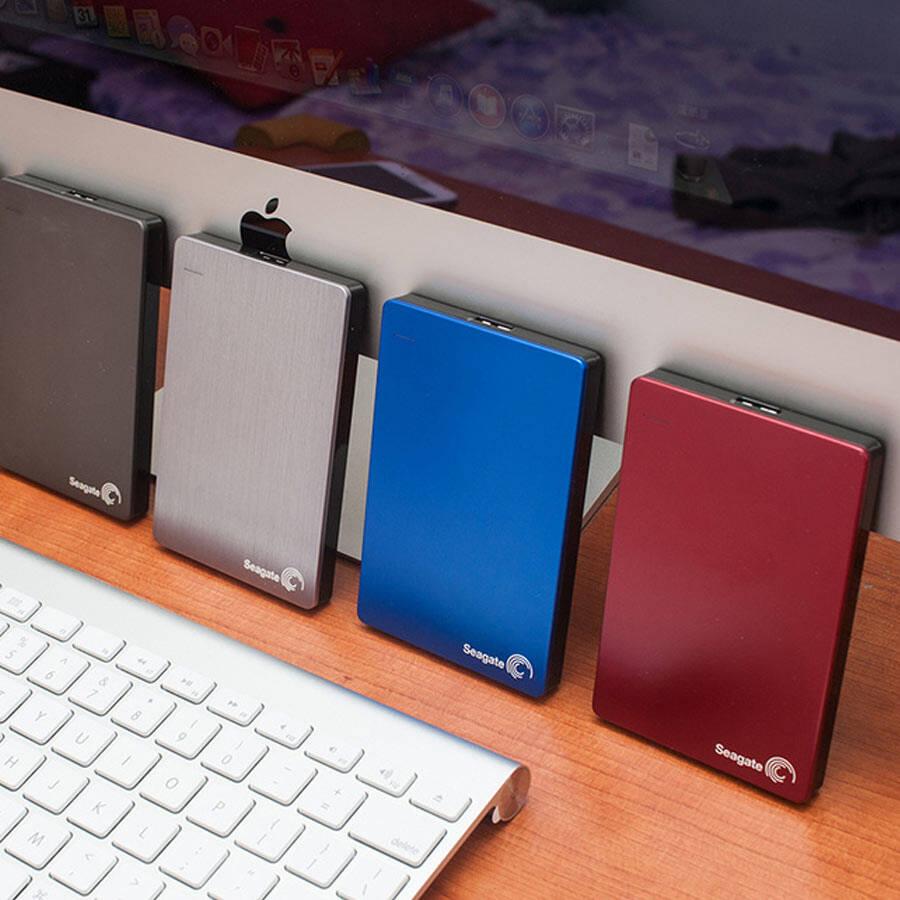 现代的移动存储主要有移动硬盘,usb盘和各种记忆卡.图片