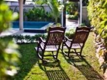 泰他尼泳池别墅度假村