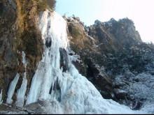 玉女溪瀑布