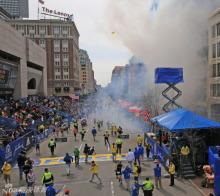 波士顿爆炸