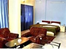 Maple Green Deluxe Hotel