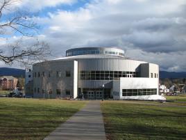明德学院图片