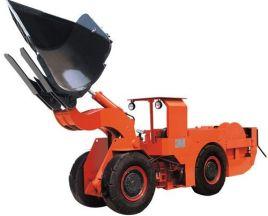 铲运机,包括车轮,牵引梁,车架,液压装置,带铲土机构的铲斗,支架机构和图片