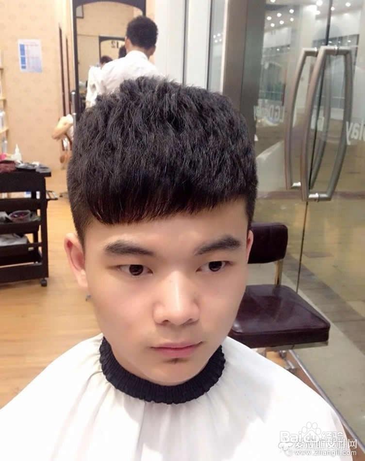 长脸男生最适应的六款发型推荐