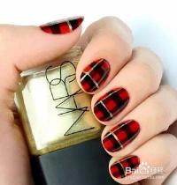 红色格子美甲教程图片
