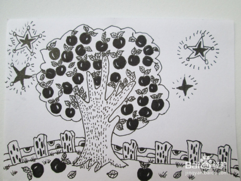儿童黑白画:《果园的夜晚》线描步骤