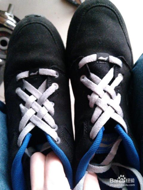 鞋带花样系法:网格法(中国结)图片