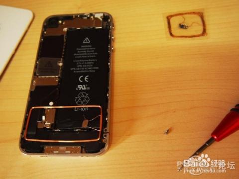 引起后盖后把手臂选好手机固定确定不短路线圈的拆开和空间的v后盖塑位置图片