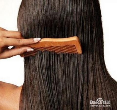 动作要轻柔,那是你自己的头发不是模特的假发,掉光了长出来可就费劲了图片