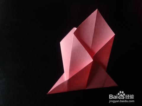 用一本书折灯笼固)�_怎样用纸折灯笼?