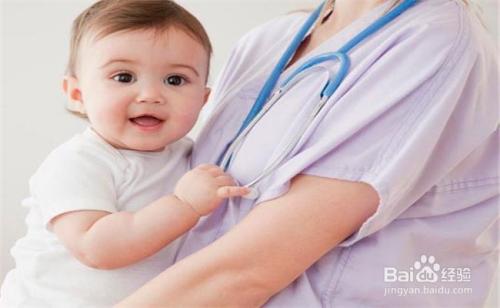 婴儿脸上长的小白点怎么办图片