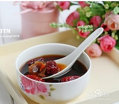 生姜水搭配生姜,效果服用,红糖更好的,把红糖剁成沫,和枸杞一梨红豆粥图片