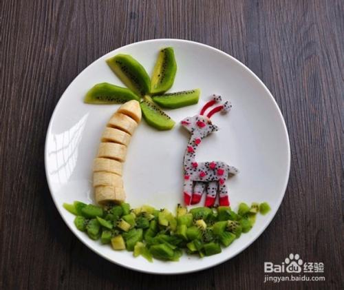 热带风情水果创意拼盘图片