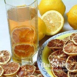 柠檬片泡水的方法