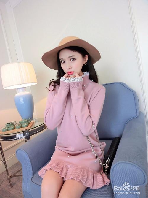 粉红色大衣如何搭配_粉色衣服怎么搭配