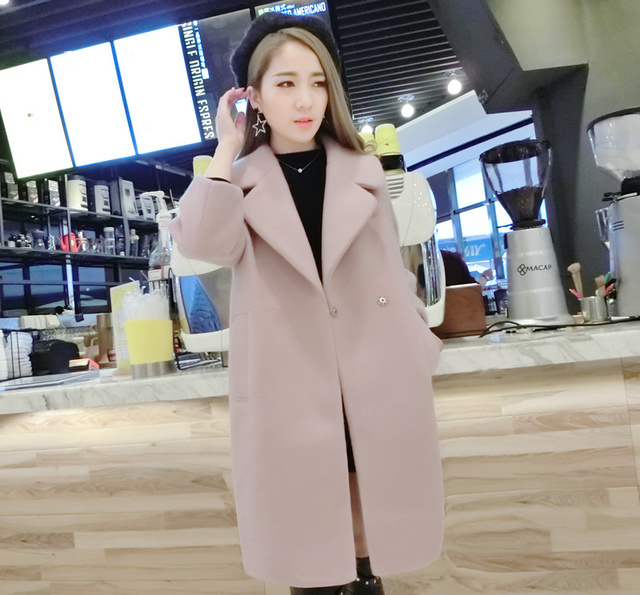 姑娘,你的衣服该换了,这才是2017年最流行的大衣 打底衫图片