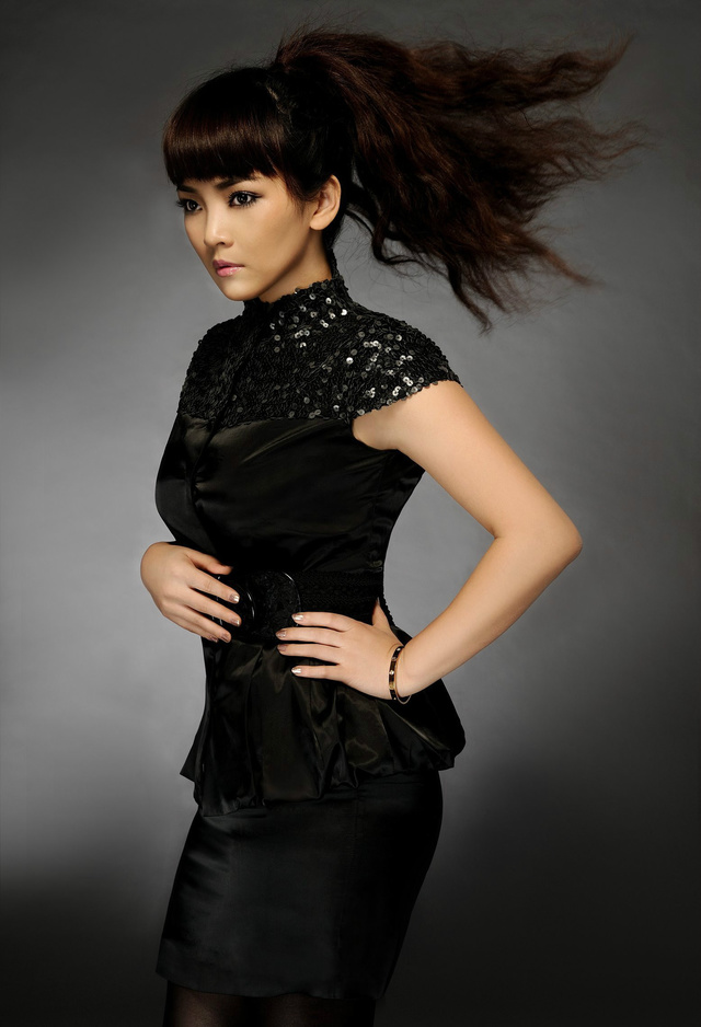 著名蒙古族美女演员~斯琴高丽图片