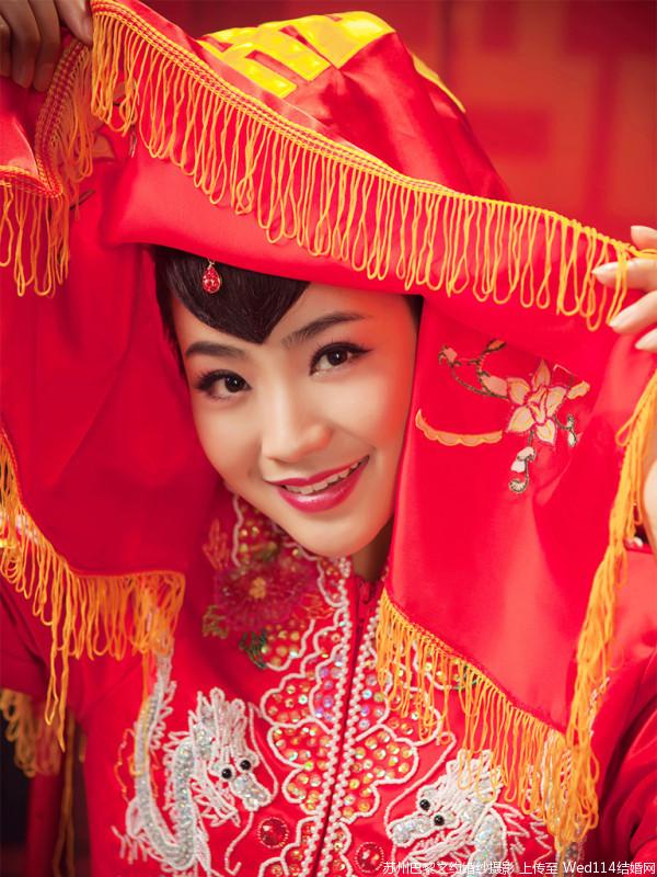 中式风格婚纱摄影作品欣赏——人生三美之洞房花烛夜图片