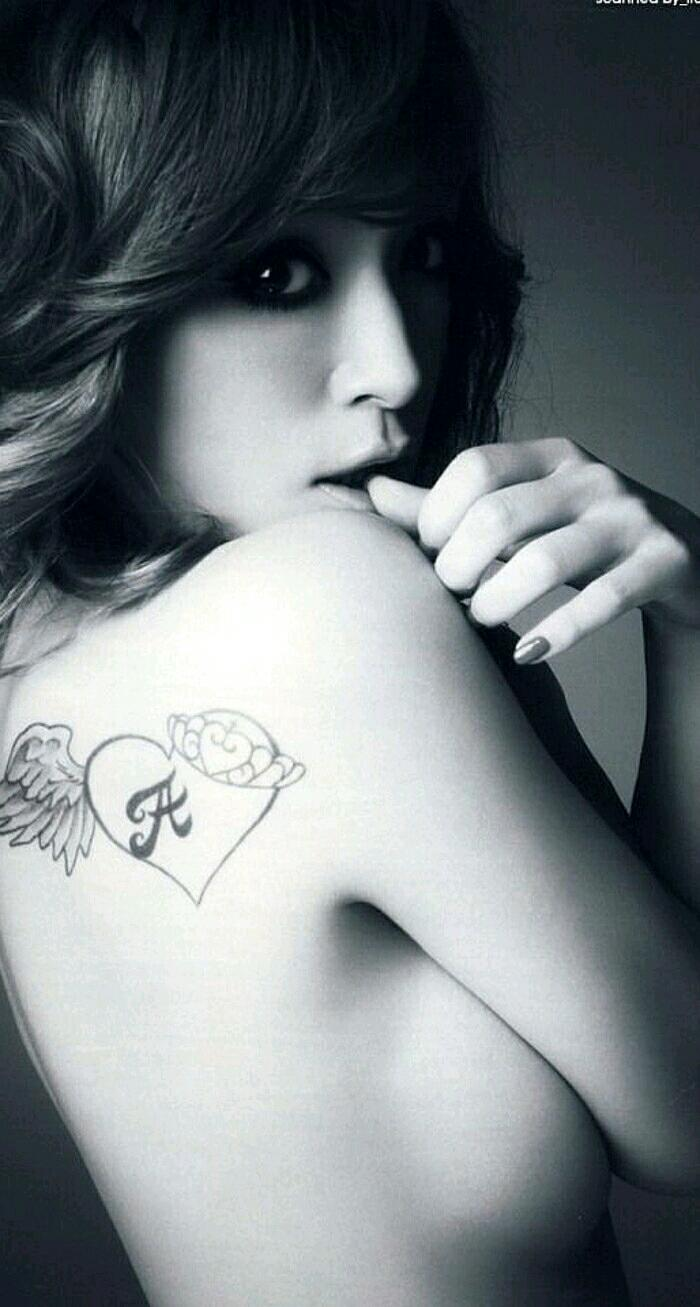 纹身女�_超性感的欧美纹身女第2页