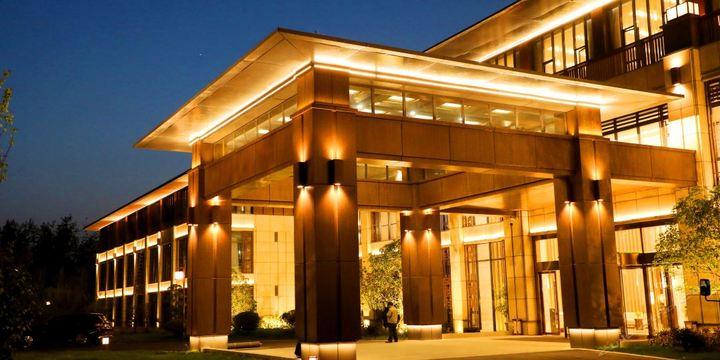 黄海东台温泉别墅森林最大酒店价位图片