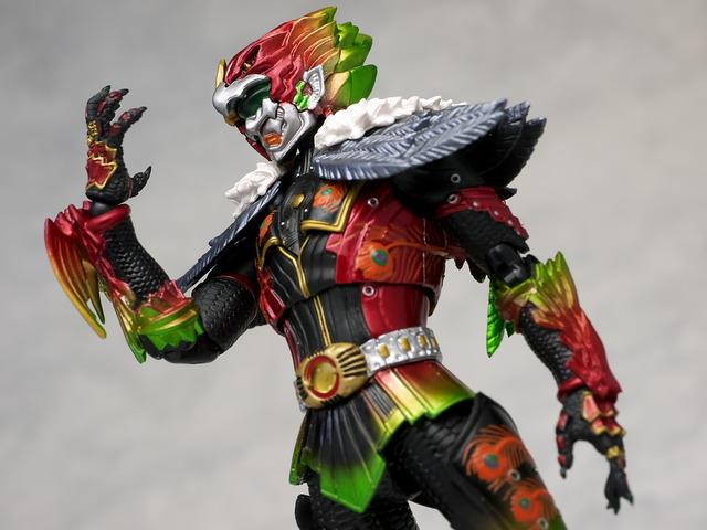 这是假面骑士剑里面的上级怪人图片