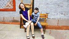 新潮妈妈引热议 与12岁女儿姐妹相称聊离婚
