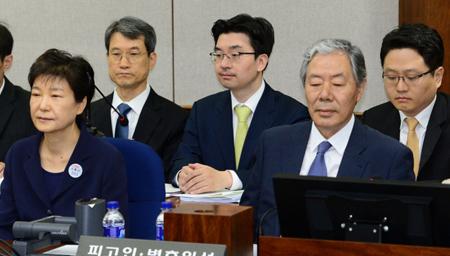 朴槿惠二审开庭 韩国民众不允许文在寅特赦朴槿惠