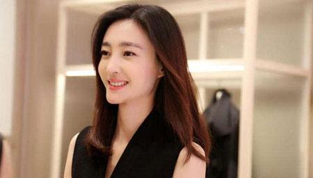 王丽坤疑有新恋情