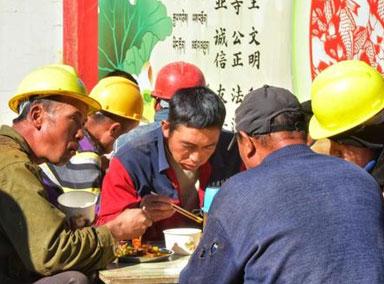 辽宁企业试点农民工薪资发放新模式