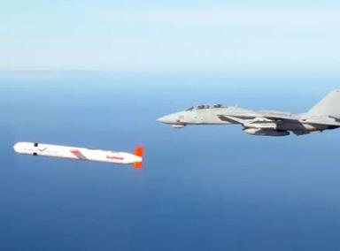 导弹为什么能追着飞机跑?