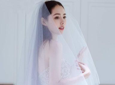 郭碧婷婚纱照曝光满脸幸福