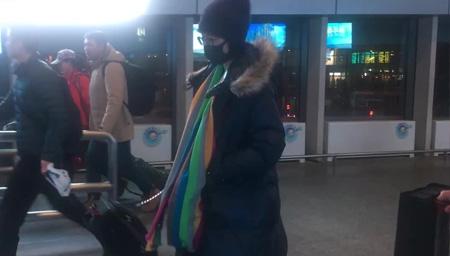 机场最淡定女明星!
