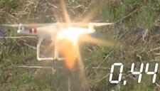 实拍美军高能激光试验 国产无人机被瞬间烧穿