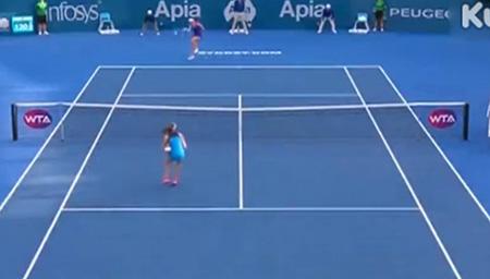 悉尼国际网球赛 孔塔胜拉德万斯卡夺冠