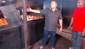 美国40年火床烧烤店500斤肉同时烤10小时,这分量无敌了!