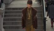 马克·雅可布纽约时装周:金链子配貂豪气十足