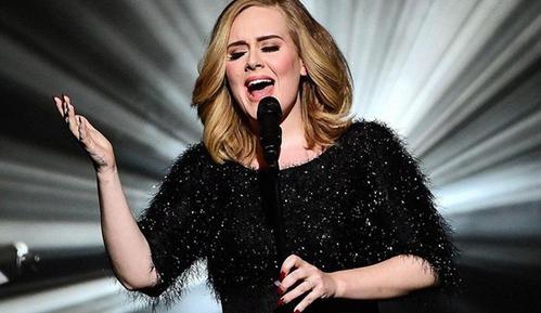 为演唱会震撼粉丝,阿黛尔禁声养嗓,2周不和家人说话!