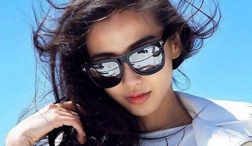8款有型又有款的夏日太阳镜,潮人拍照必备!