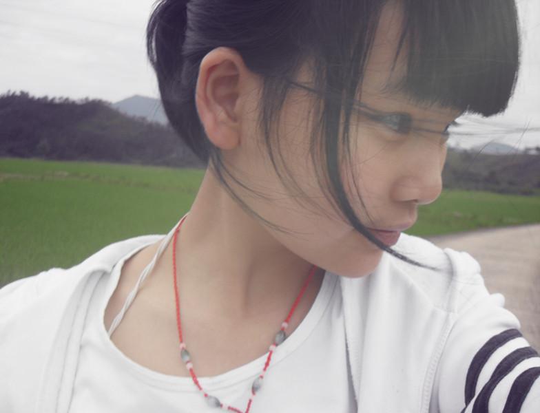这个女孩子漂亮吗?她是谁?