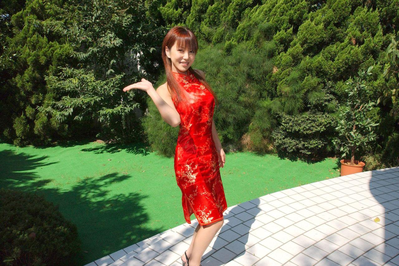 这个旗袍美女叫什么?或这部片子叫什么?