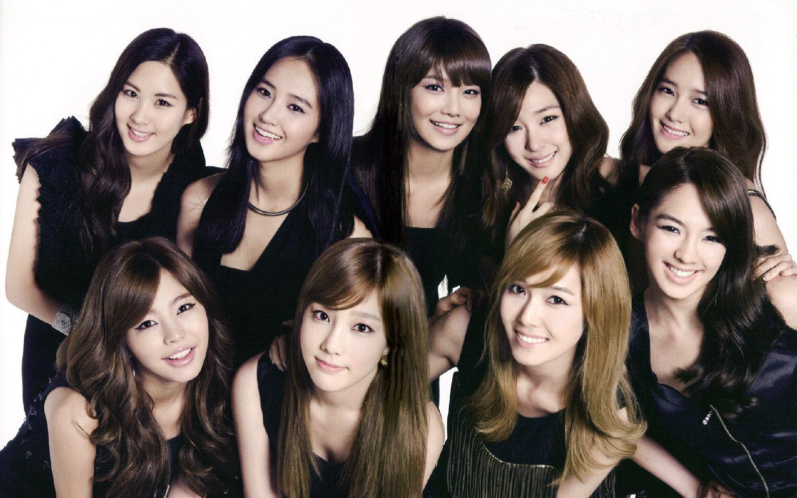 求少女时代daum屏保最好是1个集体的+9个分开的