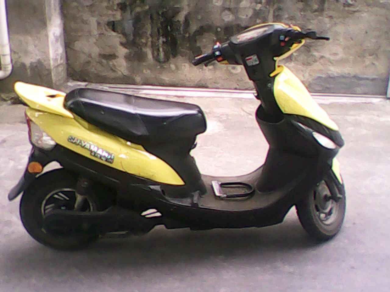 雅马哈小绵羊摩托车高清图片