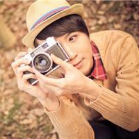 求几张qq头像男的拿照相机拍照的那总图片