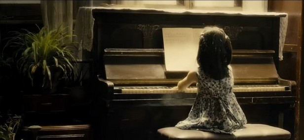 有小女孩弹钢琴的电影