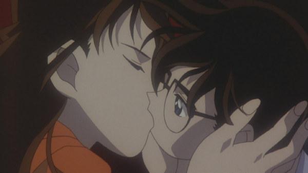 名侦探柯南 小兰接吻_名侦探柯南 小兰接吻图片